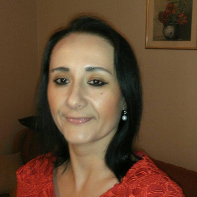 Ирена Поповска